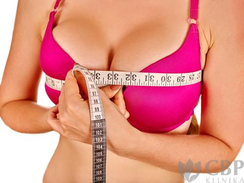 Zmenšení-prsou-CBP-klinika-estetické-a-plastické-chirurgie